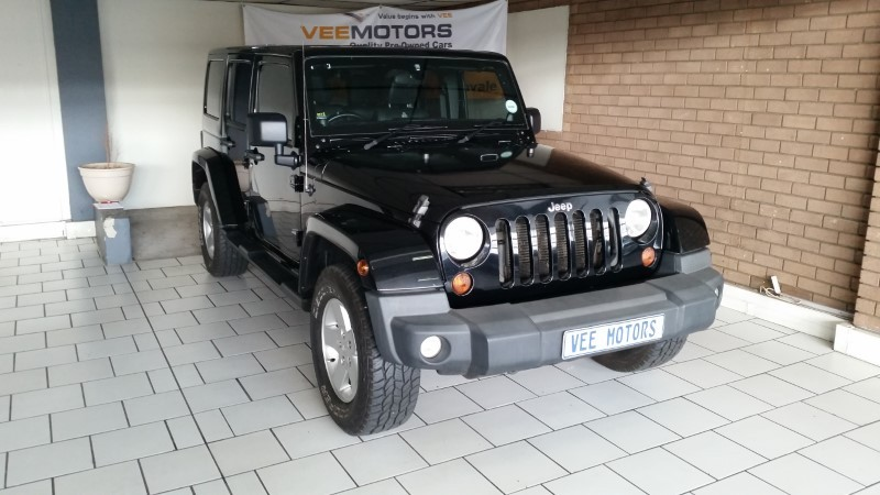 2012 Jeep Wrangler Unlimited Sahara 3.6 V6 A/T